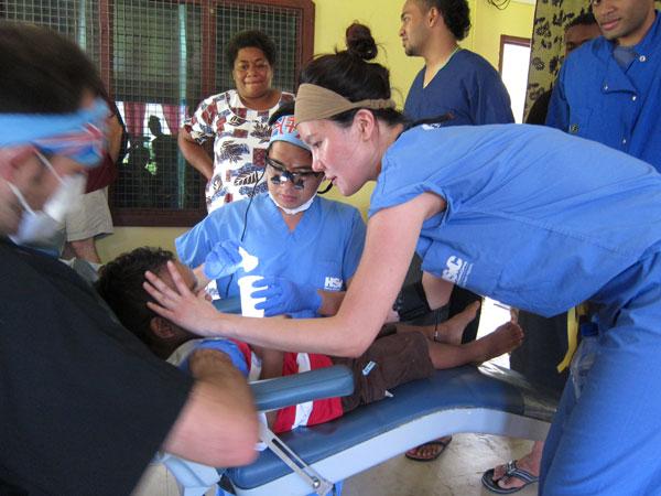 General Pediatric Dentist in Los Angeles, 90044